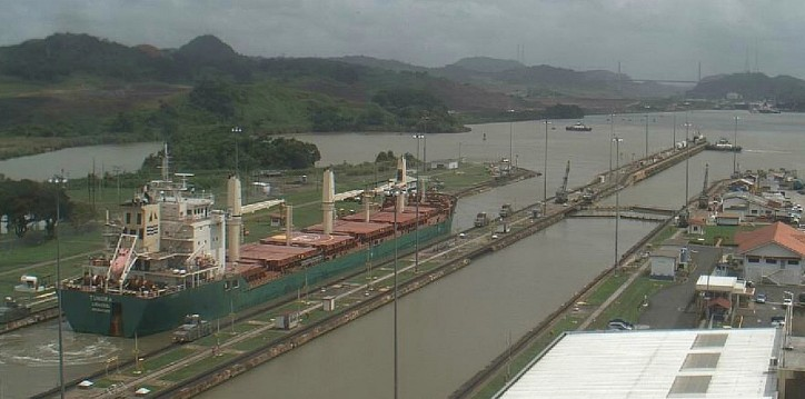 Bulk Carrier Tundra runs aground in St. Lawrence Seaway