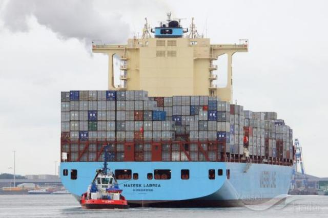 Maersk Line to reduce CO2 emissions per container moved by 60% by 2020, Maersk Labrea