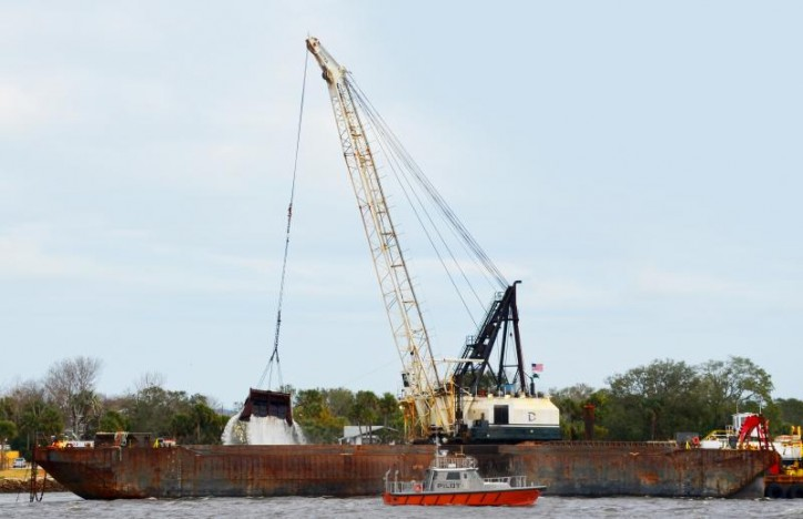 Jacksonville Harbour deepening constructions begins