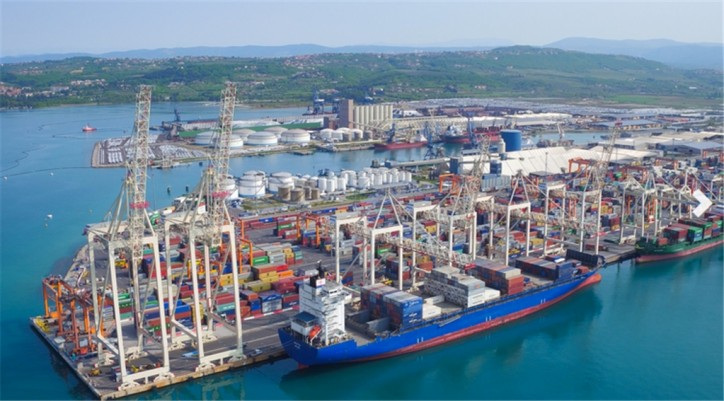 The Second New Crane On The Container Quayside Arrives At Port of Koper