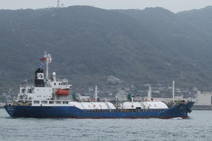 South Korean LPG tanker leaks gas off Chinese coast