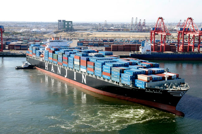 Asia-Europe container rates down 80%