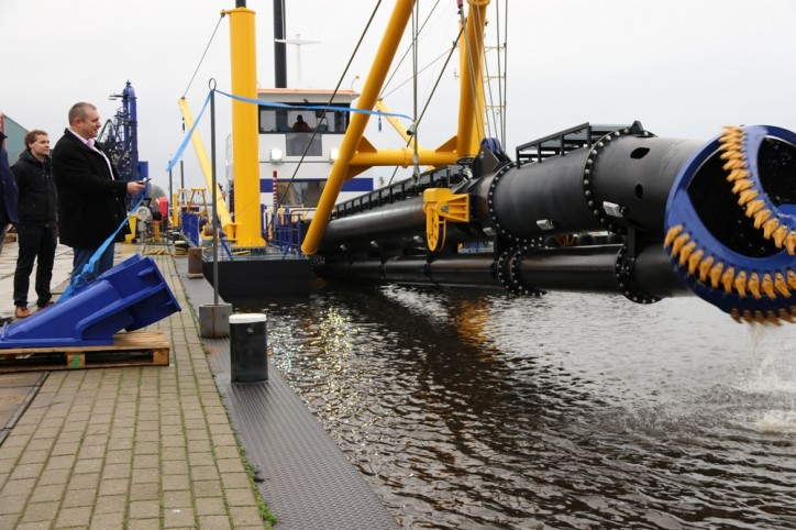 Basra Gataway Terminal takes delivery of new Damen CSD500 dredger