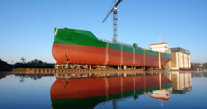 "Ferus Smit' Hull Nb. 443 for Erik Thun AB successfully launched and christened ""Thun Eos"" (Video)"