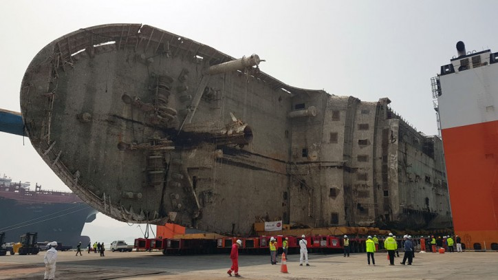 ALE break SPMT world record during complex salvage ferry operation in South Korea