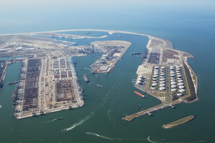 Turnover Port of Rotterdam Authority increases, sound profit development