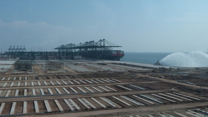 Singapore Container Terminal expands, ready for world's mega-ships
