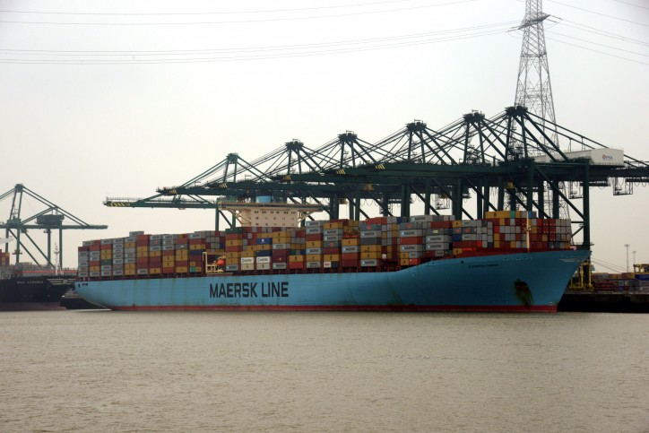 Eleonora Maersk sets new draught record for port of Antwerp