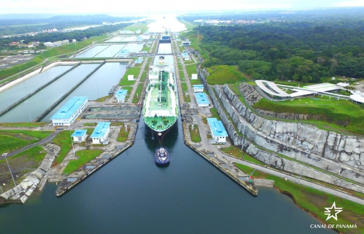 LNG Tanker Registers 4,000th Neopanamax Transit Through Panama Canal (Video)