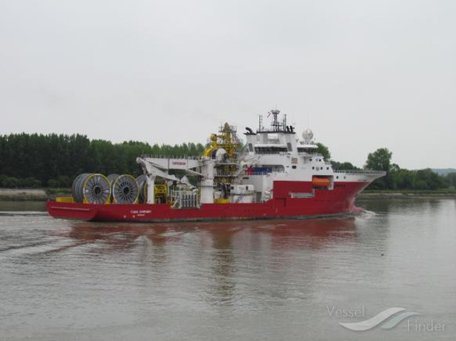 More than 80 crew members evacuated after fire on board Fugro Symphony