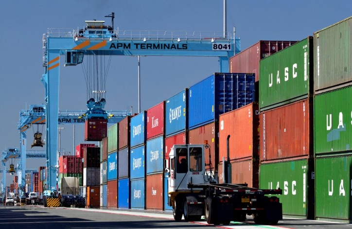 APM Terminals sells Paranagua port share