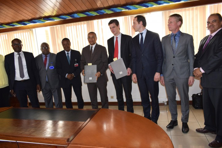 Royal IHC signs contract with Port Authority of Douala