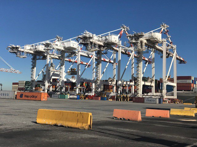New cranes enter service in Brisbane and Sydney