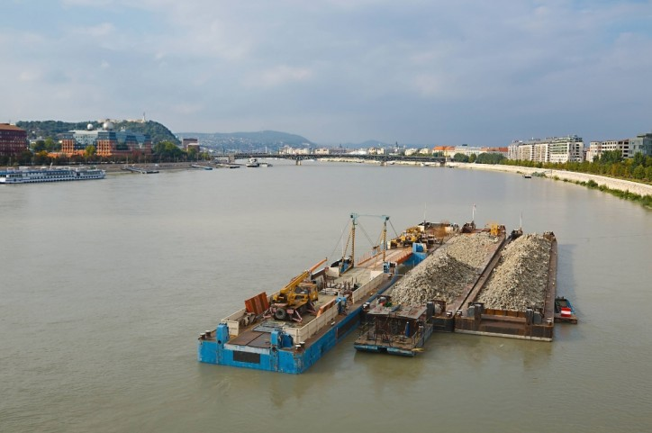 Record Low Danube Hinders Shipping in Hungary