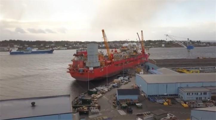 Video: Petrojarl I FPSO sails away towards Atlanta Field in Brazil
