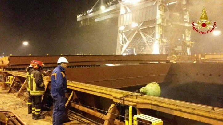 Bulk Carrier Star Maria caught fire in port of Venice