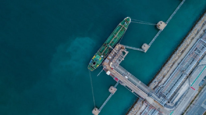 Petronas signs up LNG bunkering with Avenir