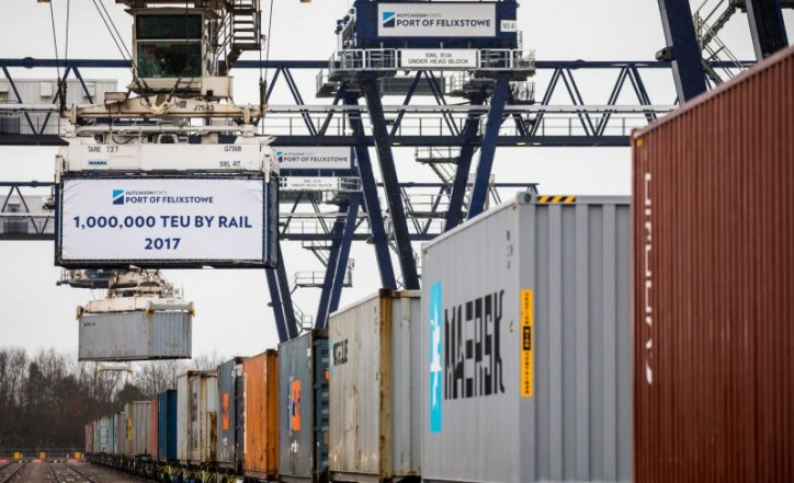 Port of Felixstowe handles 1 million TEU by rail