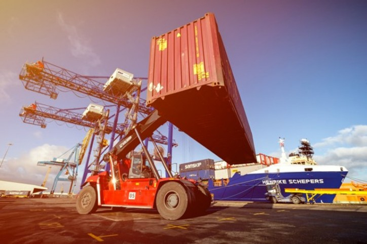 Expansion of Hull container terminal receives new boost