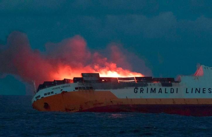 UPDATE: Grimaldi's RoRo container vessel Grande America sank in the