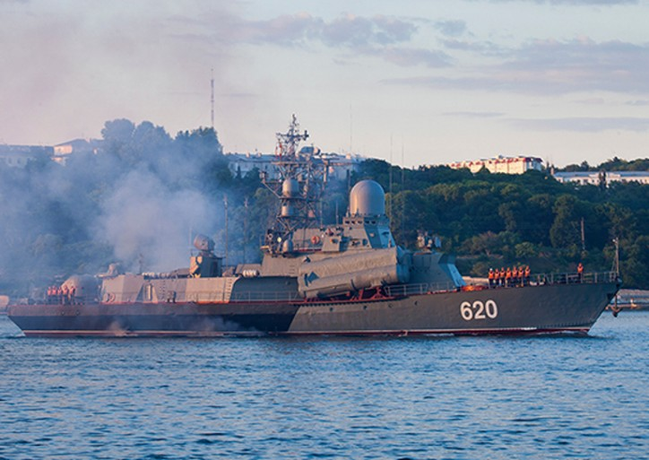Warships of the Black Sea Fleet and the Caspian flotilla practice tasks on organization of air and anti-submarine defence