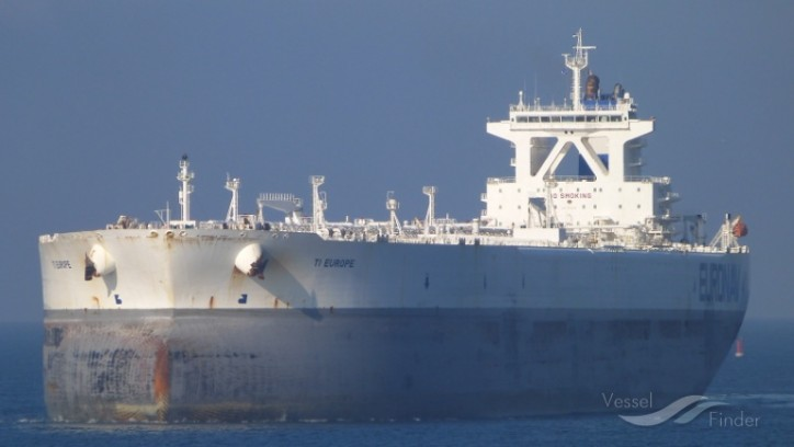 Statoil charters last of the world's largest oil tankers to hold crude for Asia buyers