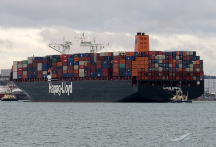 Hapag-Lloyd retrofits ten vessels with Exhaust Gas Cleaning Systems