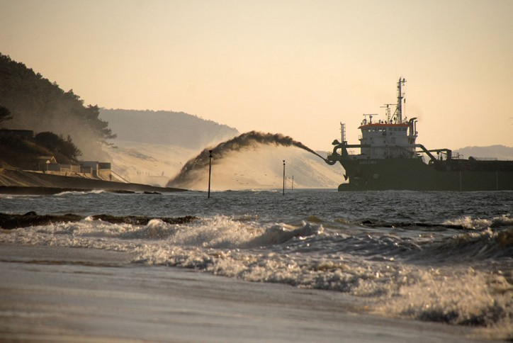 DEME secures several new dredging contracts in Egypt, Panama and Turkey
