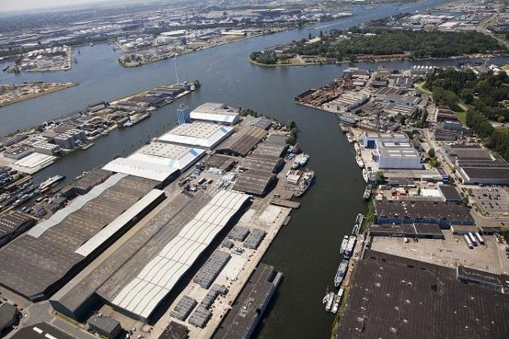 Zaanstad and Amsterdam port waters to be merged into a single port area for commercial inland navigation vessels on 1 January 2018
