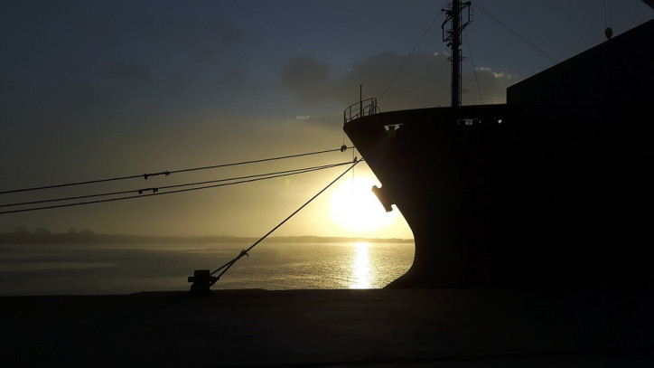"""US Blacklists """"Oil-for-Terror"""" Shipping Network"""
