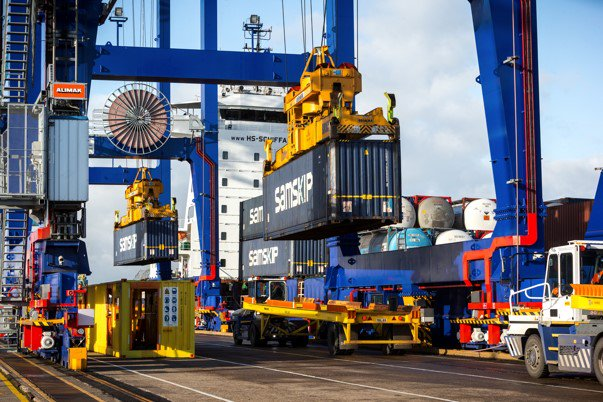 Port of Hull expands container connections with new sailings to Belgium's biggest port