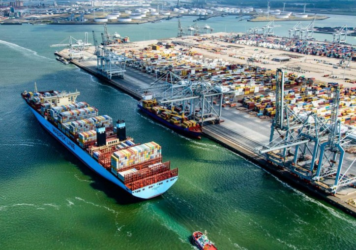 Rotterdam Port Throughput Up by 3.9%