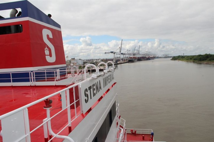 Attempted piracy attack on Stena Bulk vessel west of Yemen