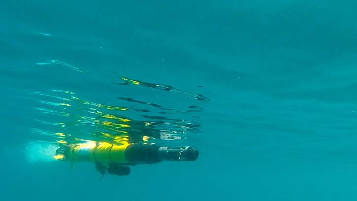 Demonstrative experiment in Cartagena tests underwater drones detecting fuel leaks