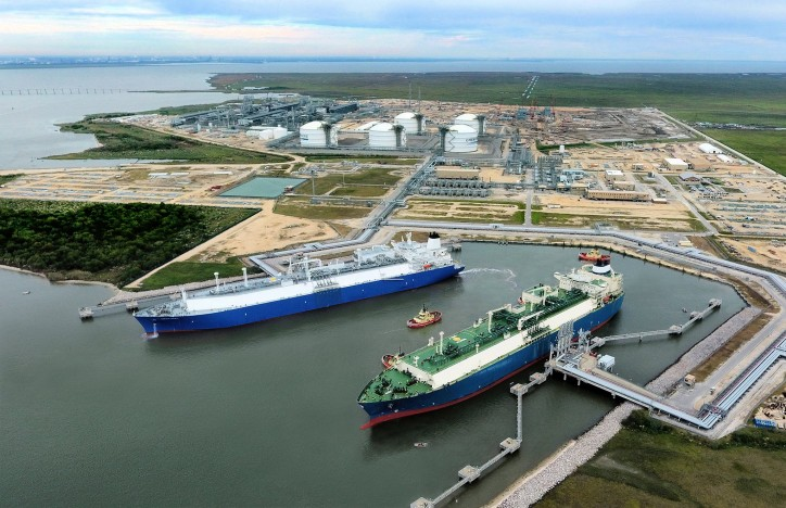 Cheniere and Vitol Sign 15-Year LNG Sale and Purchase Agreement