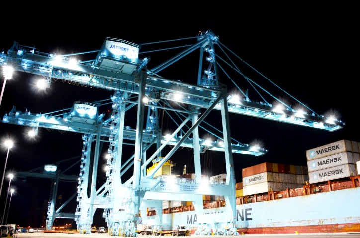JAXPORT's New 100-Gauge Cranes Move First Containers (Video)