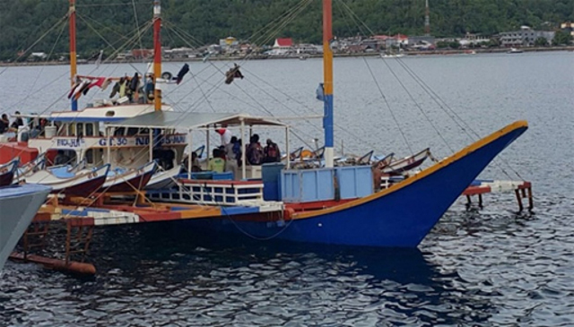 Indonesian Navy detains three Filipino fishing vessels