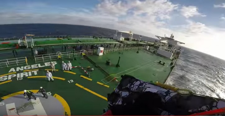 VIDEO: Salvamento Maritimo air force medevac Filipino seaman south of Gran Canaria