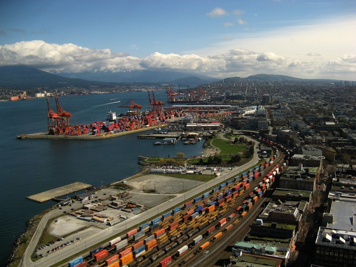 Long Beach awarded as Best North American port