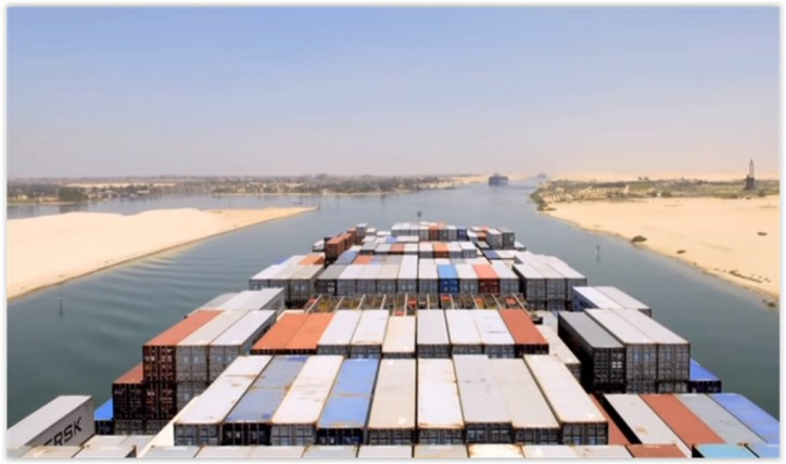 Egypt's Suez Canal considers charging leading shipping carriers in advance