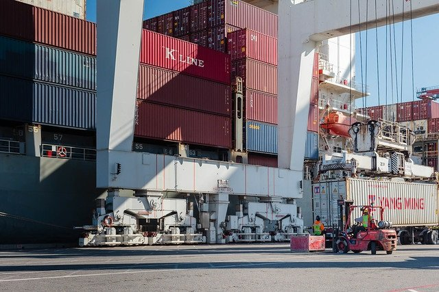 Port of Oakland opens peak season with cargo volume growth