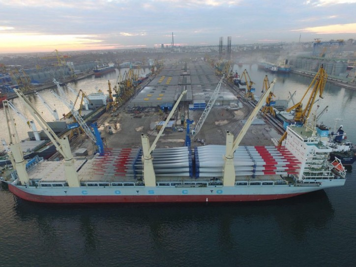 Glogos delivers wind turbines from China to Ulyanovsk