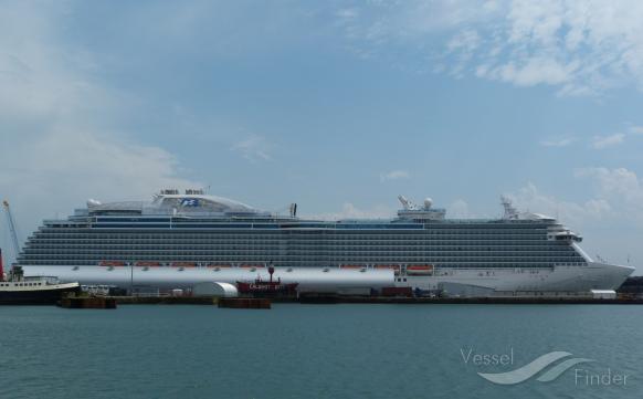 Royal Princess Cruise Ship Powerless In The Mediterranean - Princess cruise ship fire