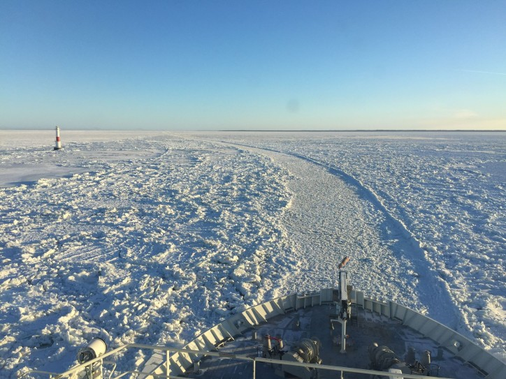 IB Kontio towards the Bothnian Bay as the season's first icebreaker