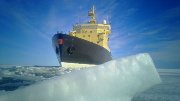 Arctia's icebreaker Voima returns from icebreaking duty in the Gulf of Finland