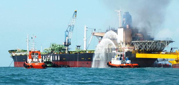 FSO Cilacap Permina Samudra 104 on fire