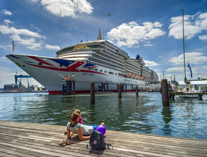Baltic cruise boom boosts chances for port cities; Rostock and Kiel expect 1.3 million cruise passengers