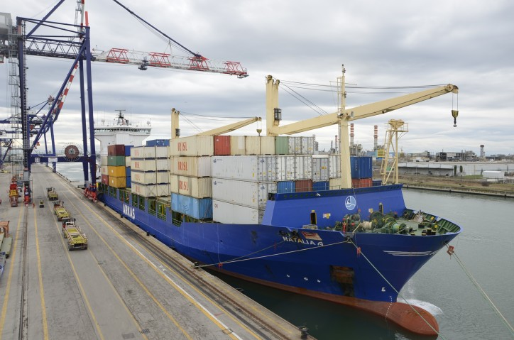 First Arkas Line Ship Docks In Contship Ravenna