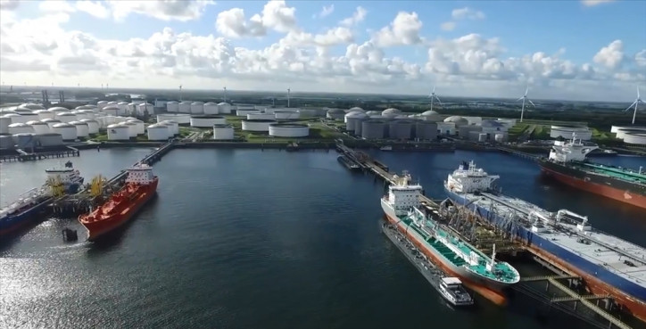 Vopak completes divestment of terminals in Amsterdam and Hamburg