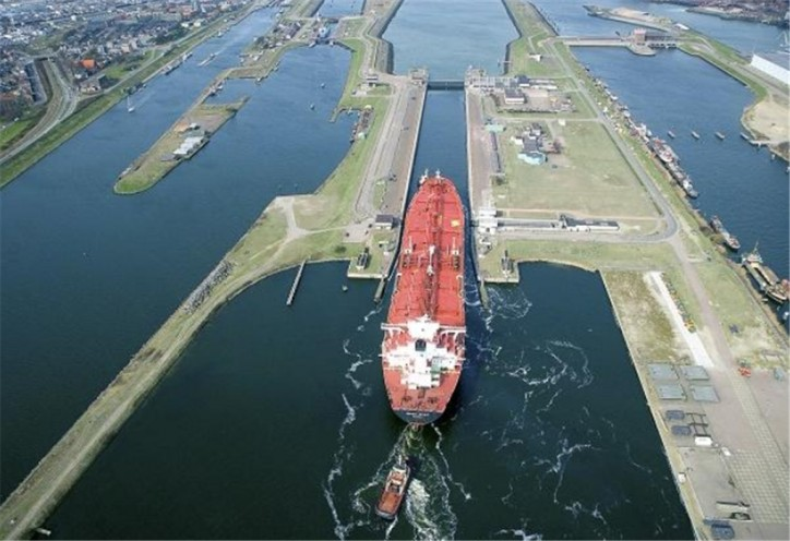 Port Amsterdam: Possibility of special passage regime at sea lock due to drought